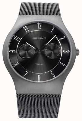 Bering Mens titanium zwarte wijzerplaat datumweergave horloge 11939-077