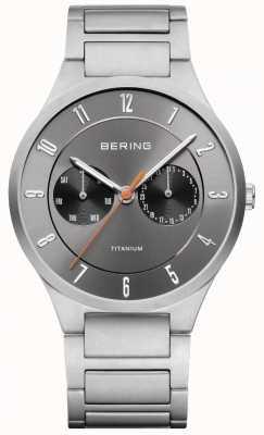 Bering Mens titanium grijze chronograaf horloge 11539-779