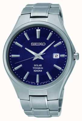 Seiko Titaniumdatum geeft blauwe wijzerplaat weer SNE381P9