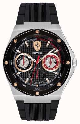Scuderia Ferrari Mens streefde zwarte rubberen riem gouden accenten datumweergave 0830556